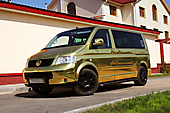 Золотой теленок - Volkswagen Multivan II - оклейка хром-пленкой под золото