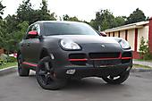 Оклейка в черный мат Porsche Cayenne