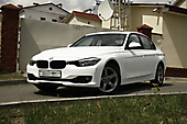 Оклейка в белый матовый оттенок BMW 3 f30